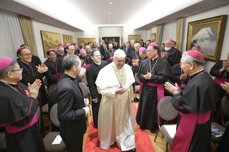 Pope Francis and Bishops Japan
